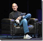 steve-jobs-carry-ipad